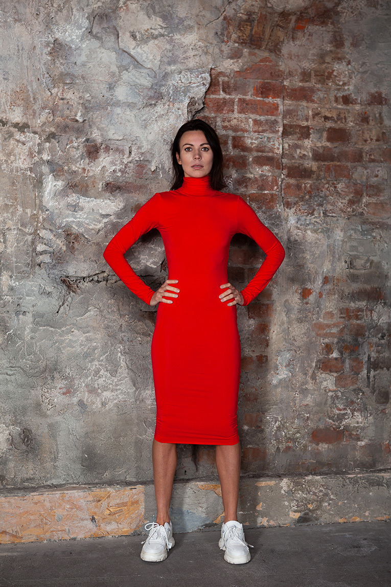 Qi-DRESS-ROLLNECK