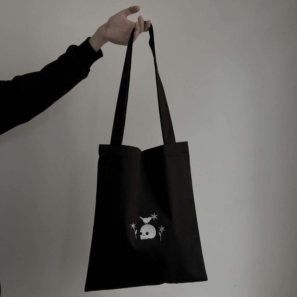 Starthieves embroidered bag
