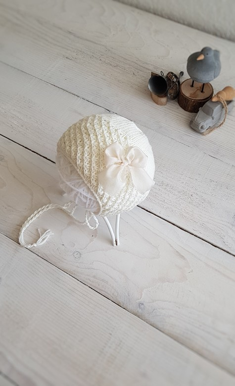 Hat with cord and star pattern Cotton