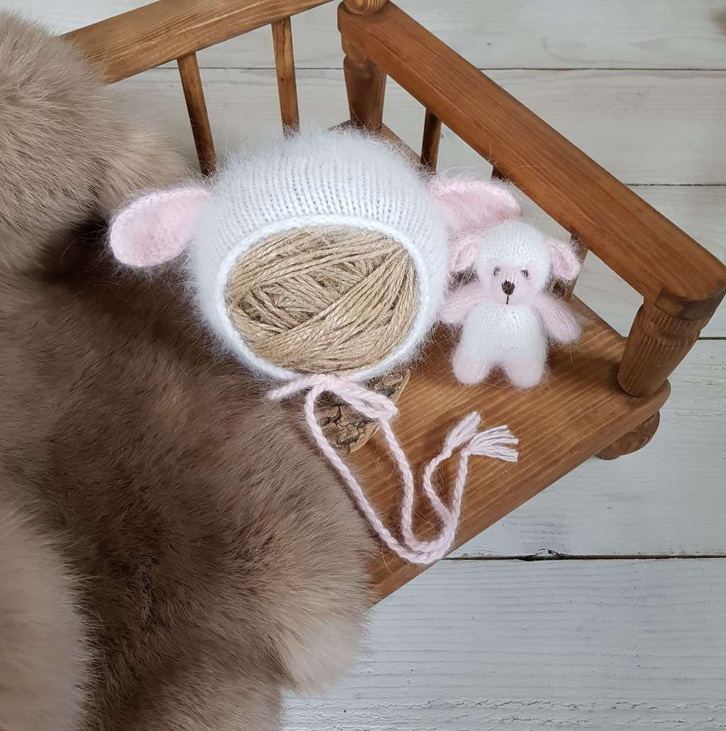 Hat Sheep with cord