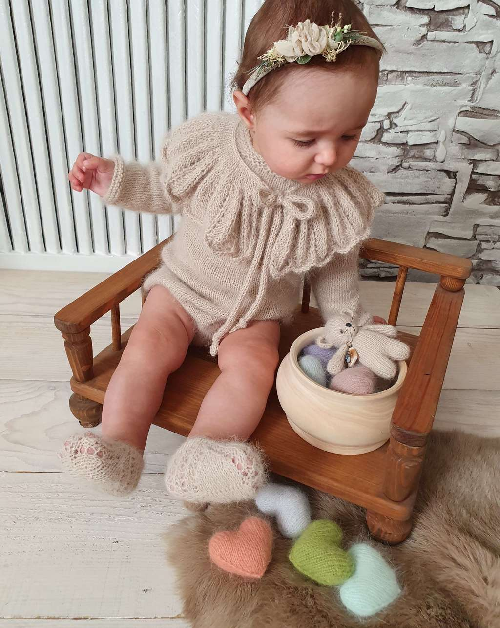 SET Body, Collar, Ballet shoes and Toy  for Kids