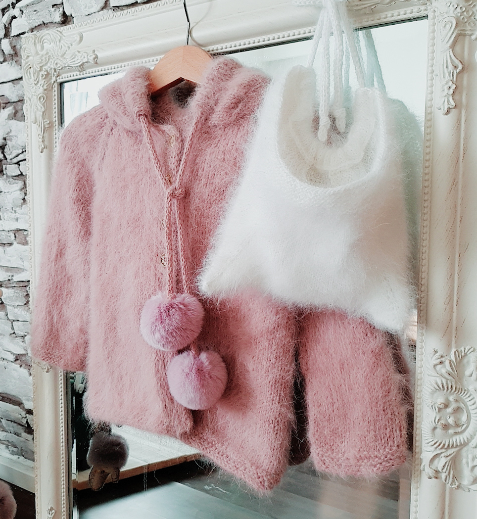 Jacket with  long sleeves and hood 3 Pompon for kids