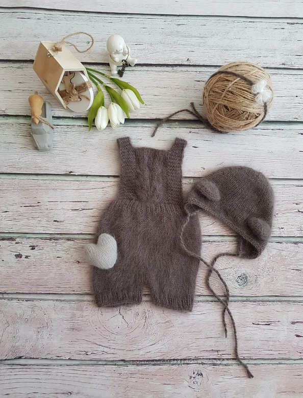 Overalls with straps and short feet
