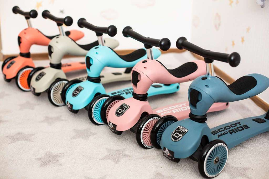 ROSE SCOOT & RIDE 1-5 YEARS