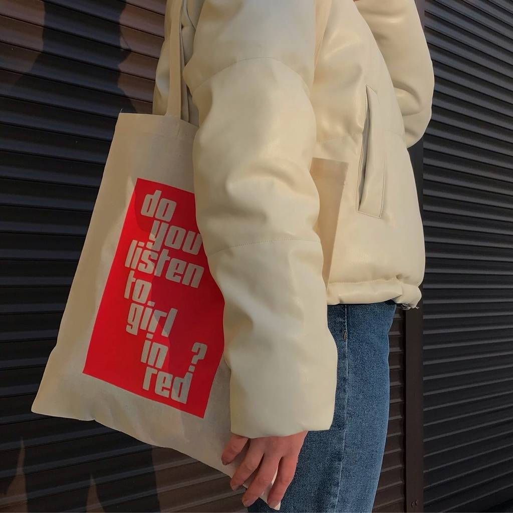 DO YOU LISTEN TO GIRL IN RED? TOTE BAG