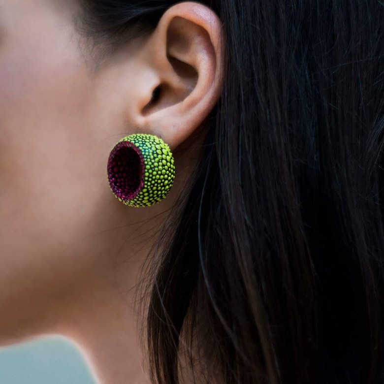 Tunnels stud earrings. COLORFUL. GREEN AND PINK