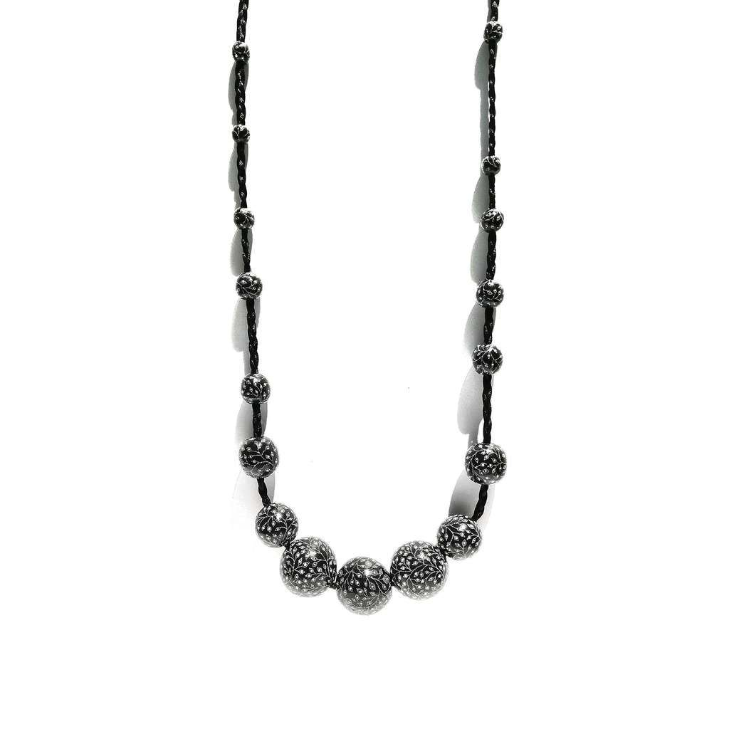 1-row Necklace. GARDEN. BLACK CURRANT