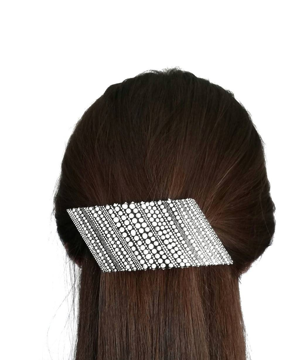 Parallelogram shaped hair jewelry clip. LINE. WHITE