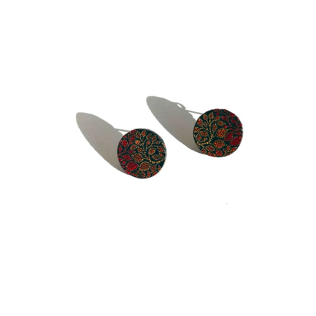 Small circle stud earrings. GARDEN. POMEGRANATE