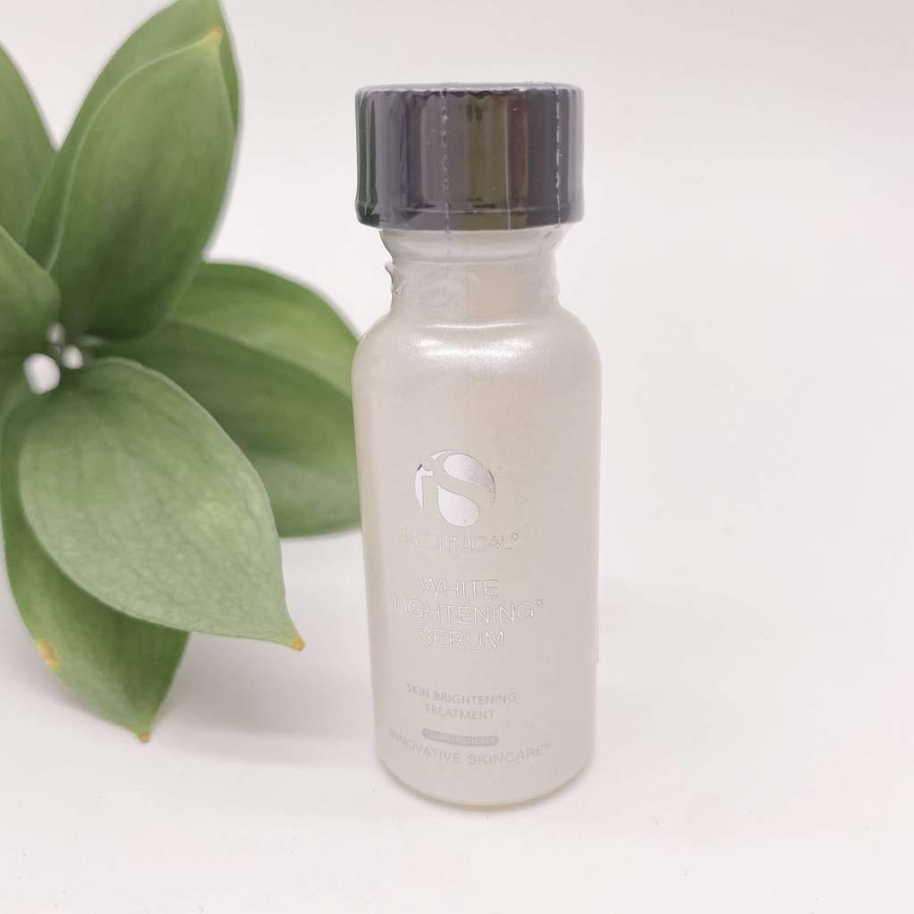 Is Clinical White Lightening Serum Осветляющая сыворотка
