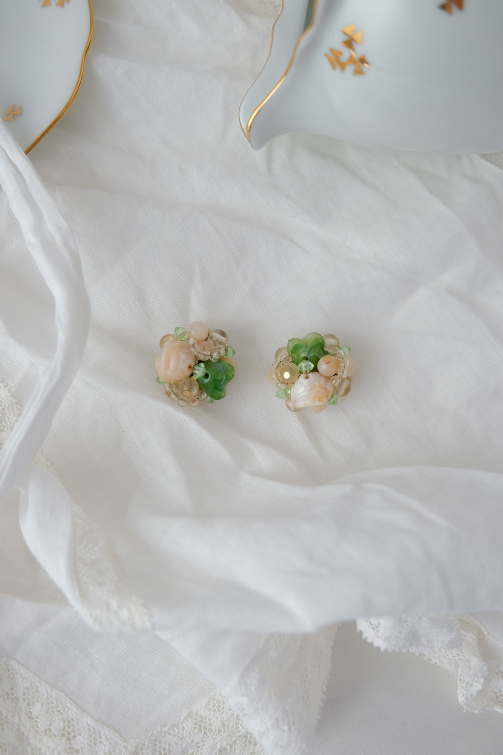 Green & creamy cluster clip ons