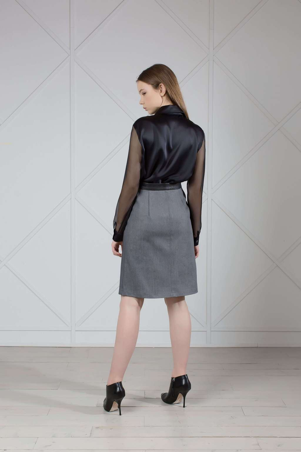 A-line skirt with leather