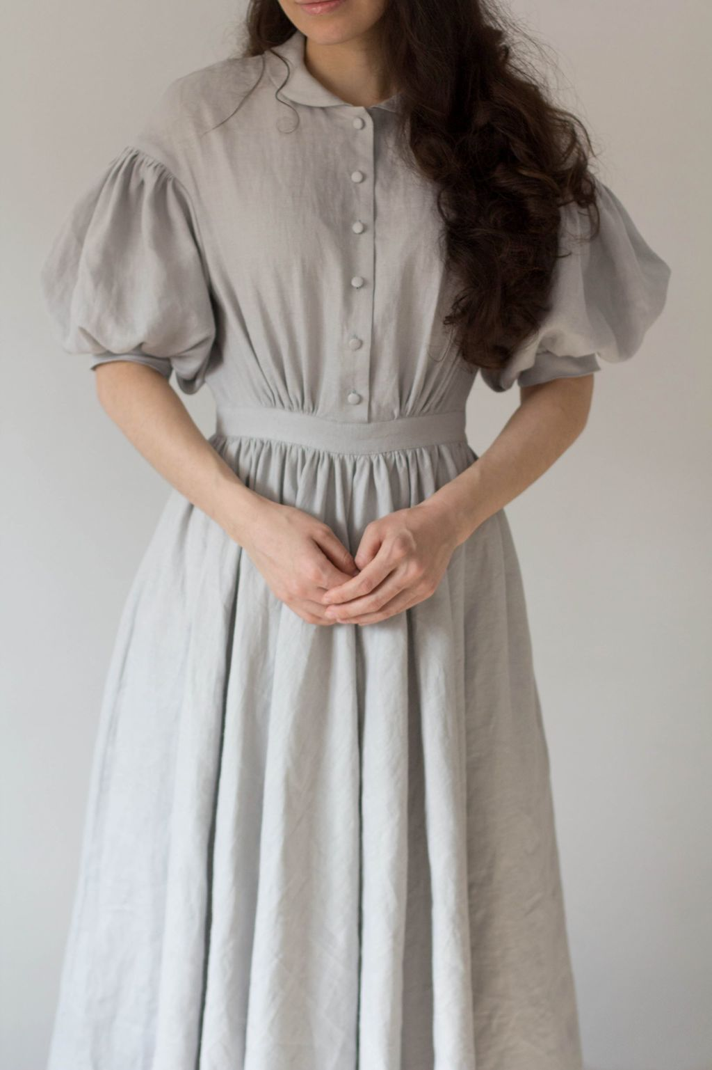 Meg dress with short sleeves