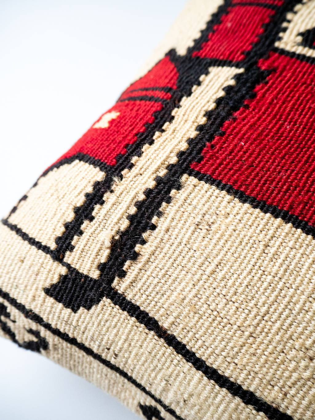 Kilim cushion Elephant Castle
