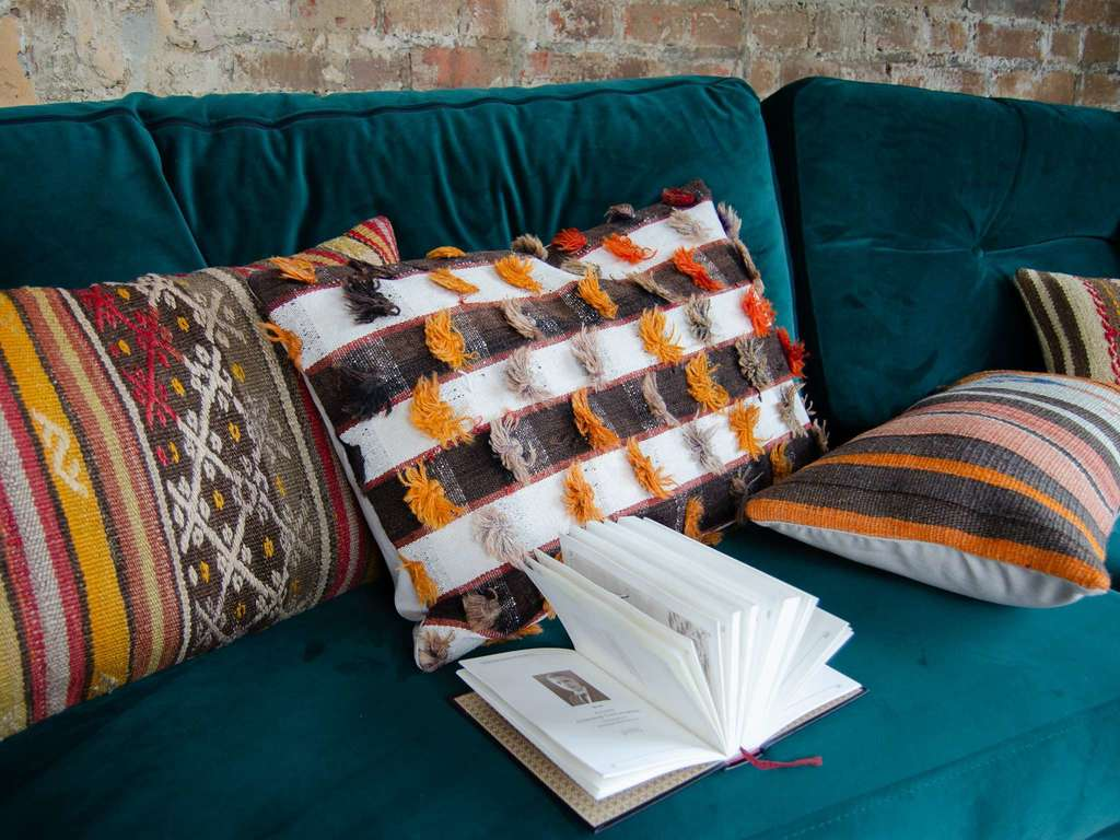 Kilim cushion Cute Tassels