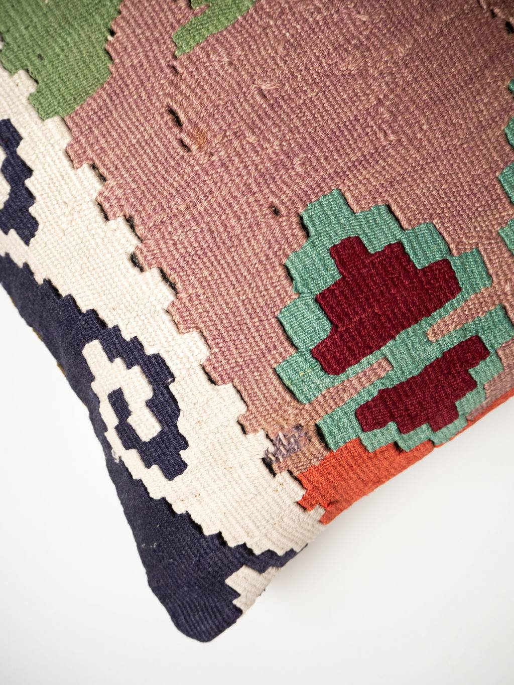 Kilim cushion Chichita