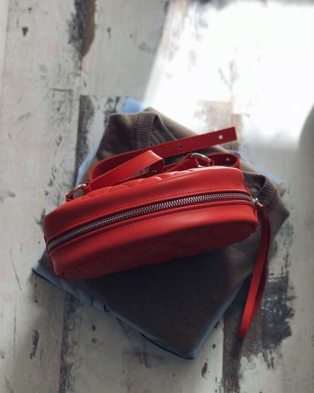 Minimalism in bags Leather Waist Bag Red Orange (красный апельсин)