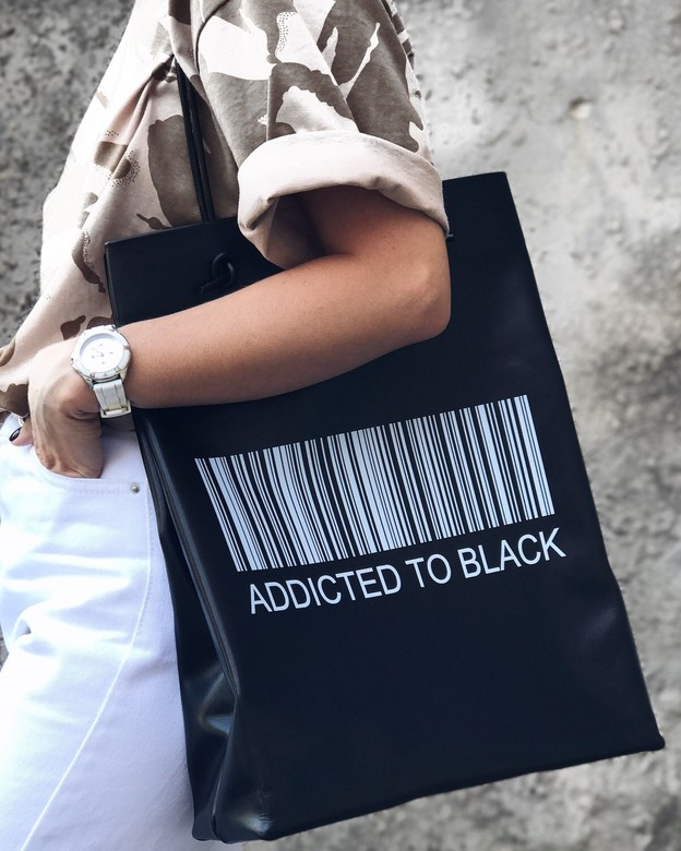 "Minimalism in bags  Leather Bag Black Print ""Addicted to black"" (Черный)"