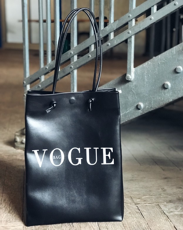 "Minimalism in bags  Leather Bag Black Print ""VOGUE Bag"" (Черный)"