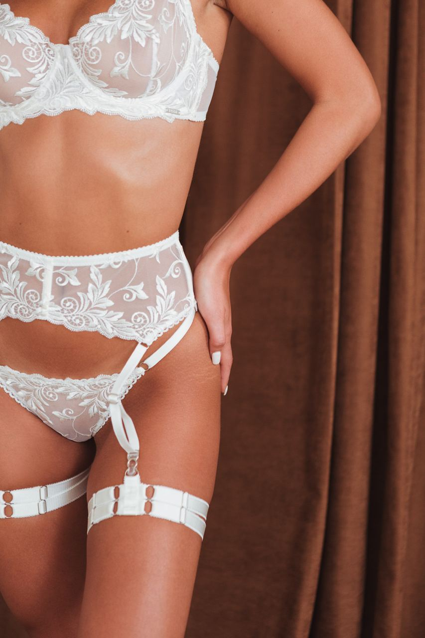 VALERIE EMBROIDERY IVORY  lingerie set