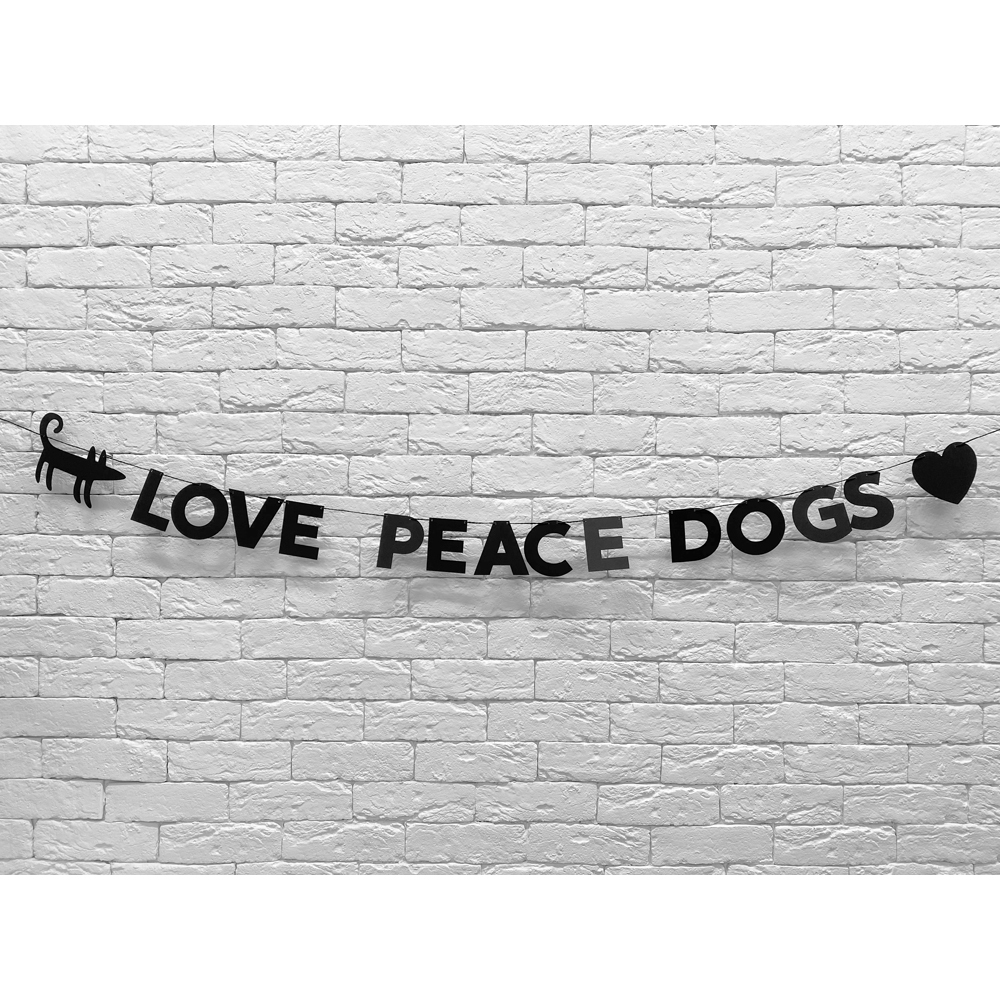 Гирлянда LOVE PEACE DOGS