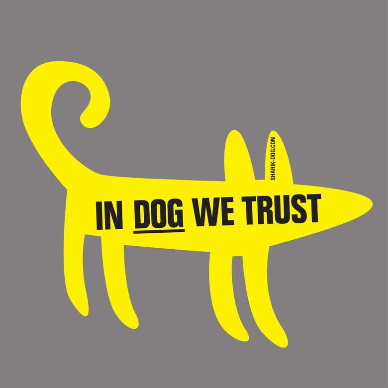 Наклейка на машину IN DOG WE TRUST